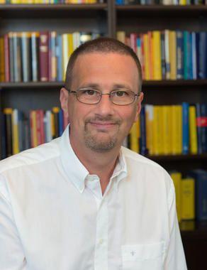 Mag.jur. Michael Hödl - Geschäftsführung